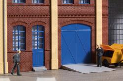 Tore und Türen blau, Stufen, Rampen