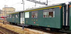 zb Historic A 111 Mitteleinstiegswagen Typ I grün