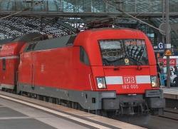 E-Lok BR 182 DB-AG, Snd.