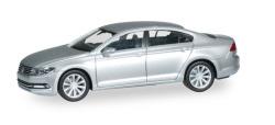VW Passat Limousine, reflexsilber metallic