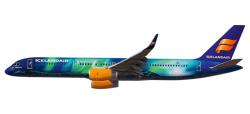 Boeing 757-200 Icelandair Hekla Aurora