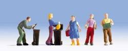 Hausarbeit, 5 Figuren + Zubehör