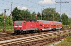 ~E-Lok BR 143 DB AG VI + PluX22 Dec.