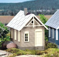 Hills Gingerbread House (Pre-Built)