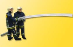 H0 Feuerwehr mit beim Loeschangriff